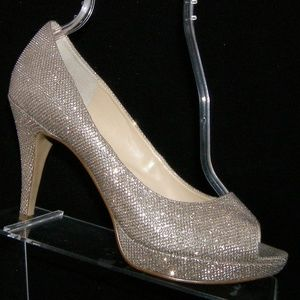 Enzo Angiolini 'Demario' silver sparkle heels 8.5M